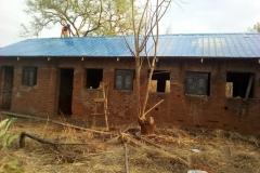 První opravená budova budoucí biblické školy v Ame